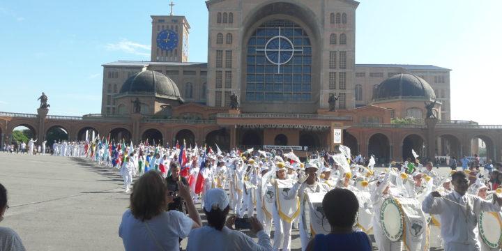 Banda Racional homenageia Aparecida pelos 300 anos da Padroeira do Brasil